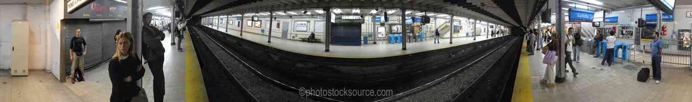Lima Subte Platform