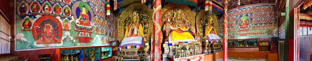 Erdene Zuu Temple Statues