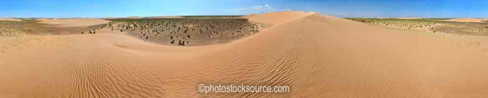 Top of Khongoryn Els Dunes