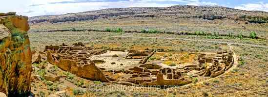Approaching Pueblo Bonito