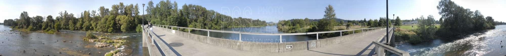 Autzen Foot Bridge