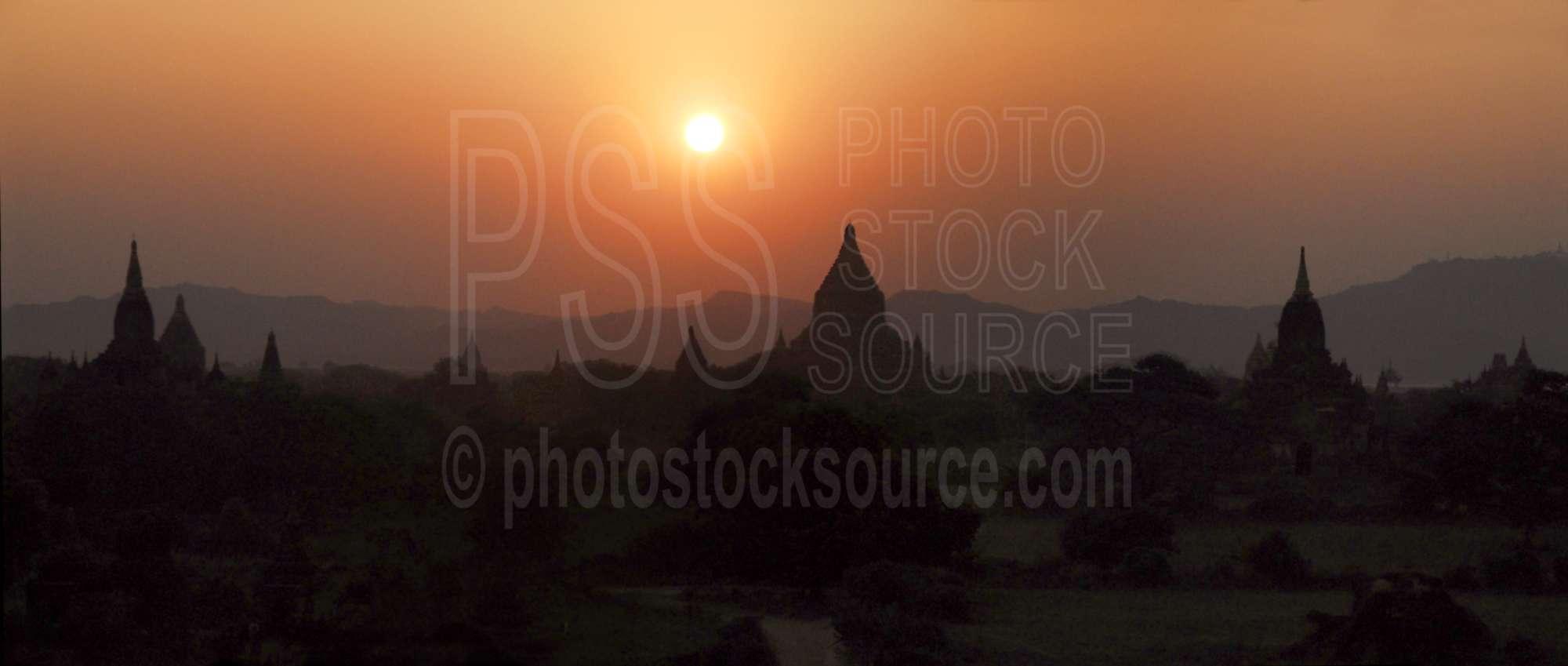 Shwesandaw Sunset
