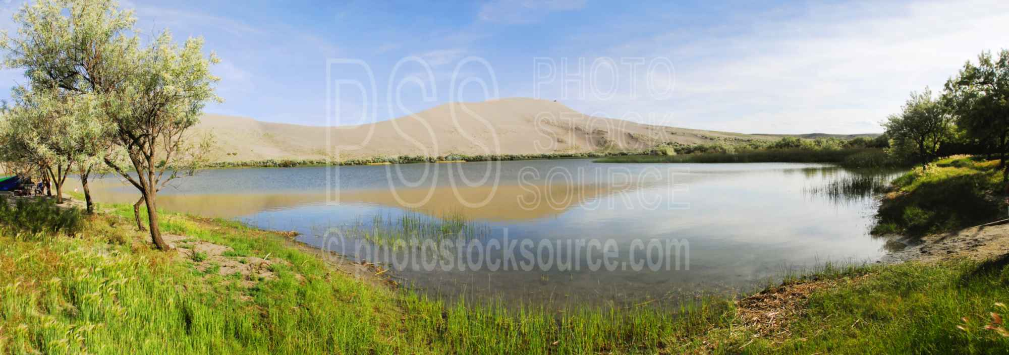 Bruneau Sand Dunes and Lake