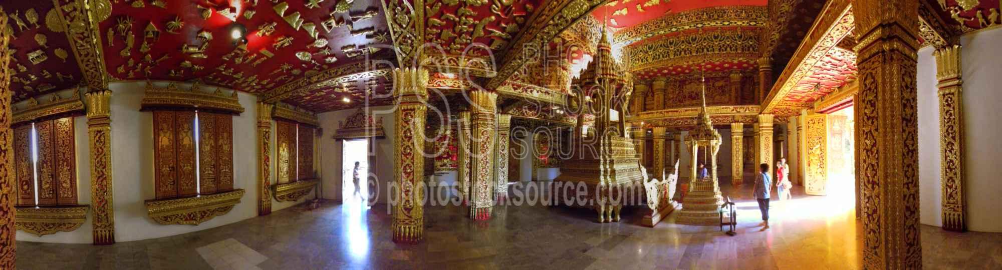 Wat Haw Pha Bang Interior